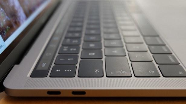 Macbook Pro 13 2016 chính hãng