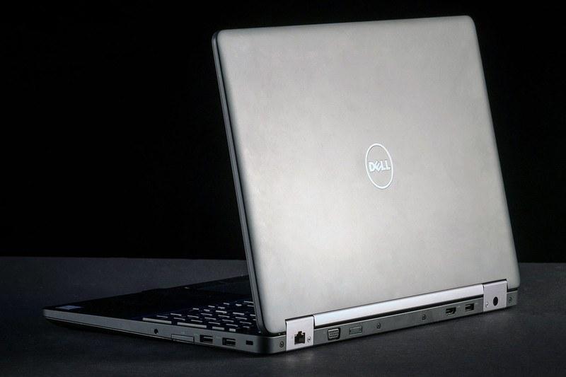 New Dell Precision 3510 15.6 inch AMD FirePro W5130M 2GB Win 10 Pro