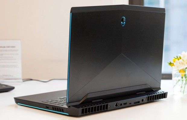 New Dell Alienware 17 R5 2018 Core i9 8950HK 16GB 512GB SSD + 1TB HDD NVIDIA GTX 1080 17.3 inch QHD Windows 10