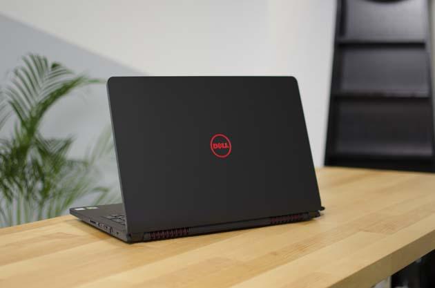 Dell Inspiron 5577 Core i5 7300HQ 8GB 1TB 15.6 inch 15.6 inch FHD GTX 1050 Windows 10