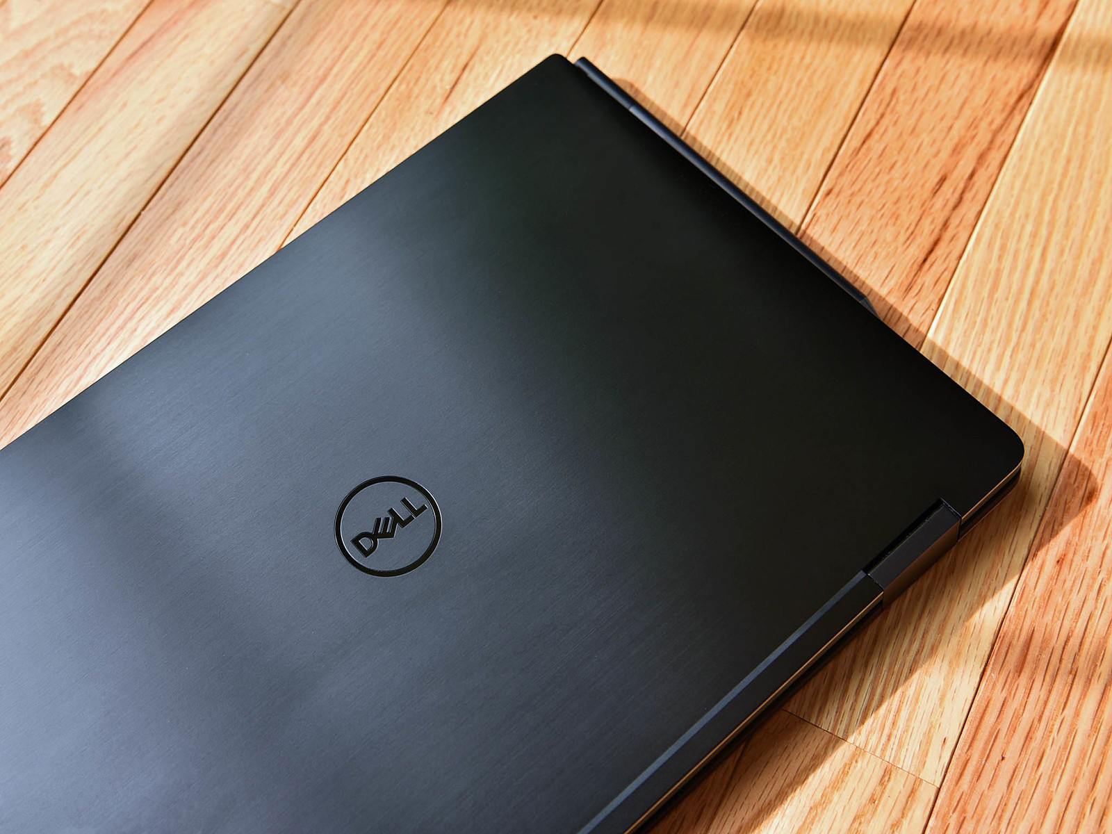 Dell XPS 15 9575 (2-in-1) 15.6